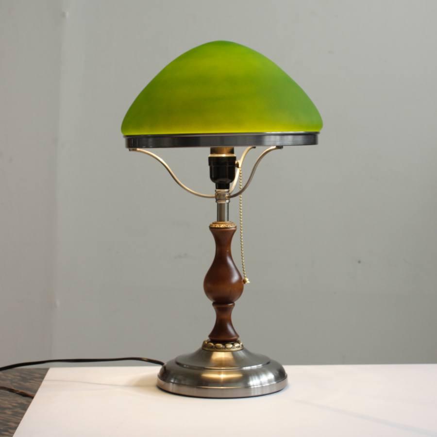 Настольная лампа с зеленым плафоном 185.01 Т