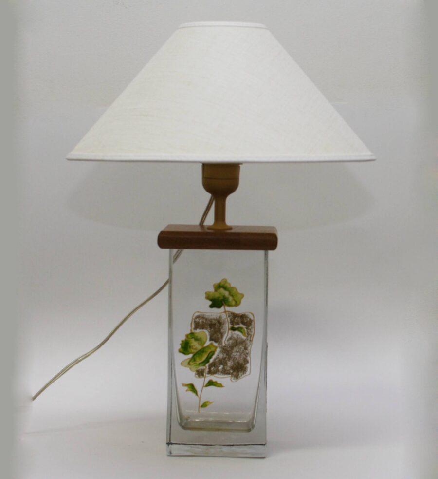 В096.02.30 Цветы в квадрате (салатовый) Настольная лампа