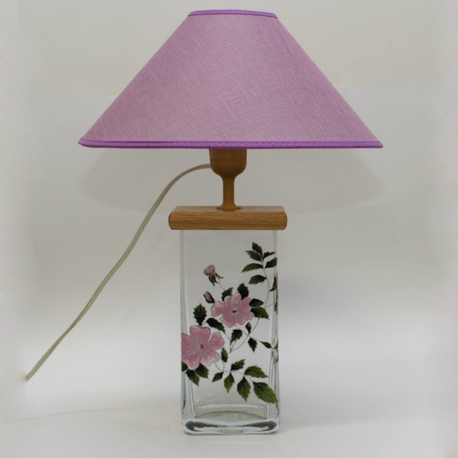 В096.06.30 Настольная лампа