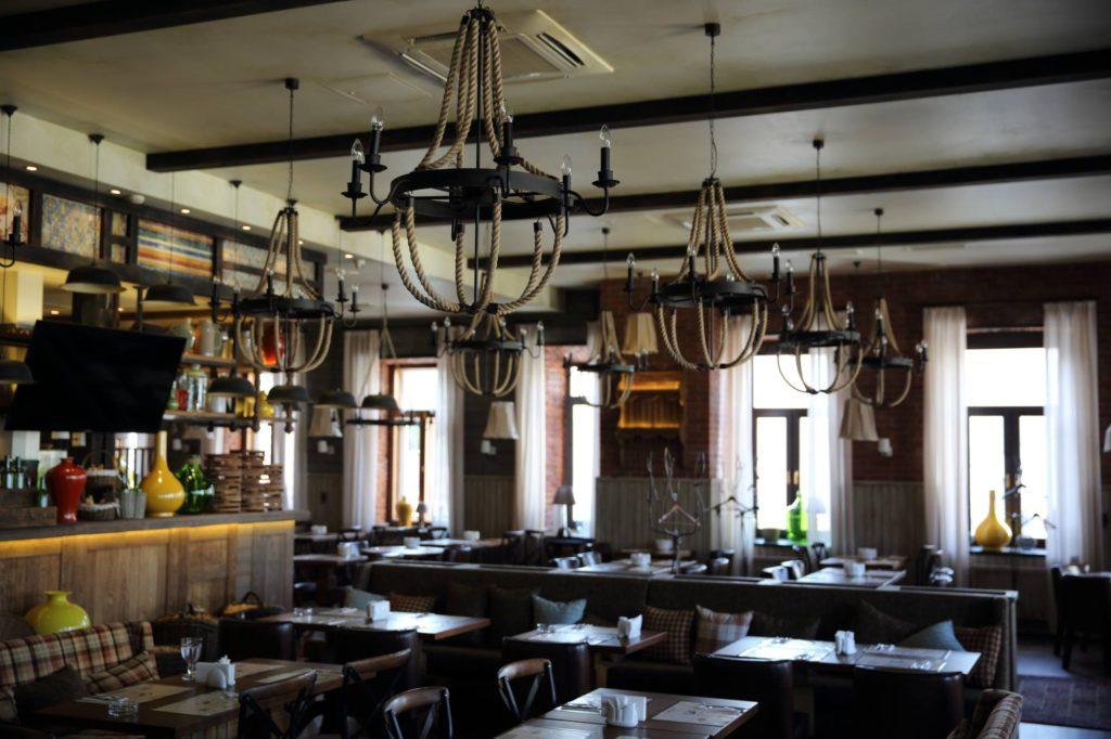 Ресторан Джон Джоли - изготовление светильников